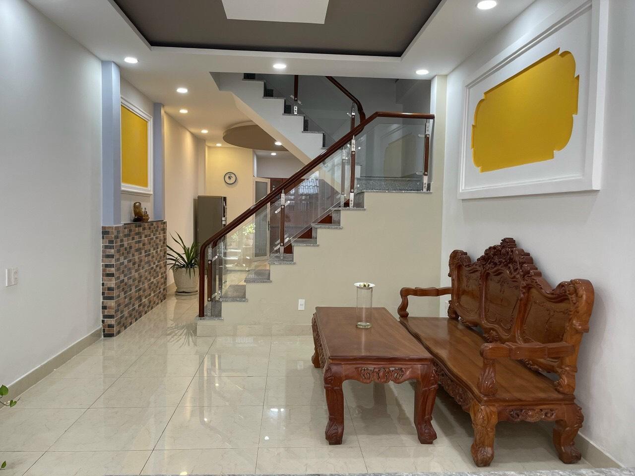 Cần bán gấp nhà mới khu nội bộ VIP hẻm 86 Thích Quảng Đức, P. 5, Q. Phú Nhuận.